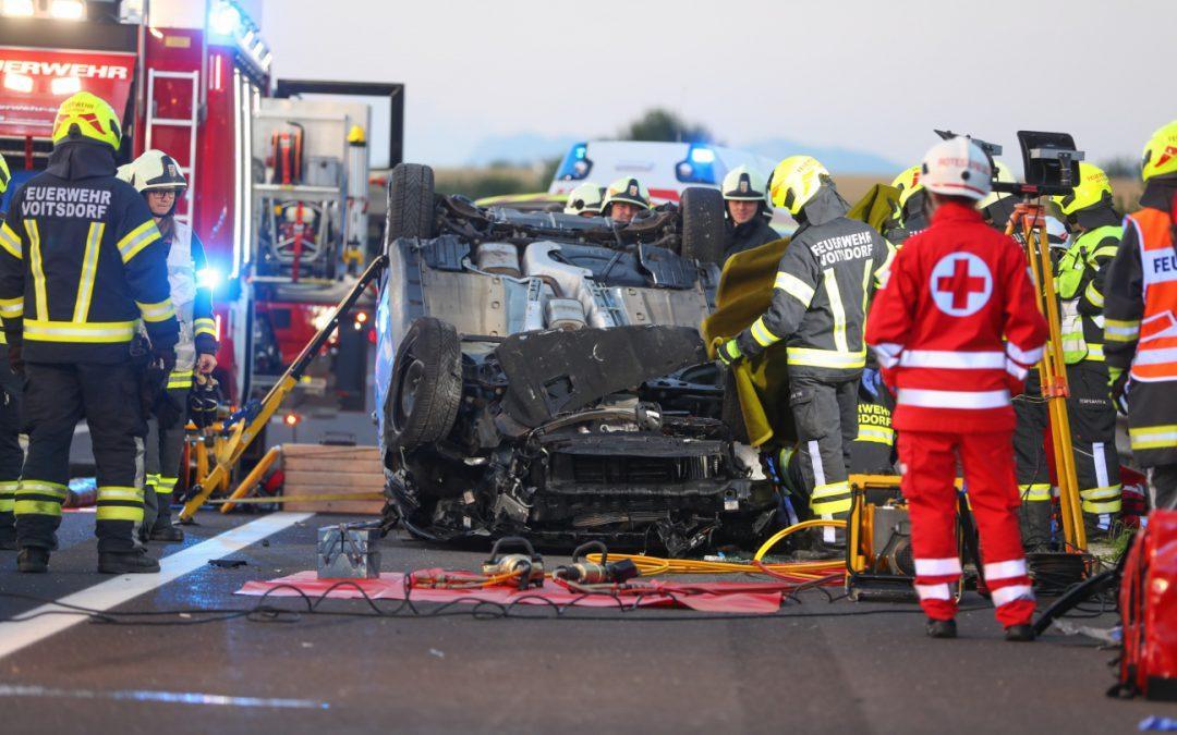 Schwerer Auto Unfall A9