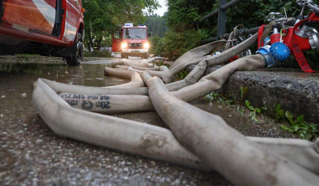 Heftiges Gewitter mit Starkregen sorgt für Einsatz der FF Inzersdorf im Kremstal